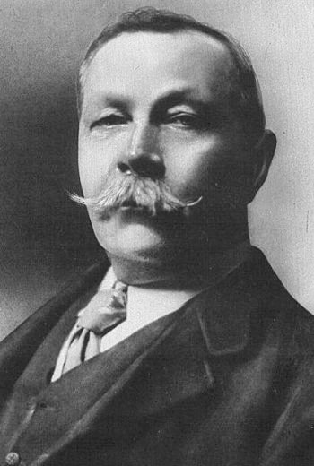 A picture of the author Sir Arthur Conan Doyle