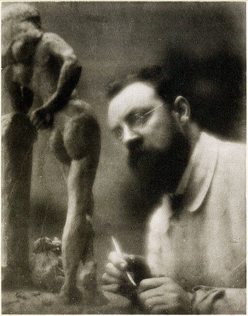 Henri Matisse, part of Gertrude Stein's salon, with La Serpentine, 1909