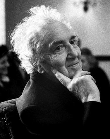 A picture of the author Robert Graves