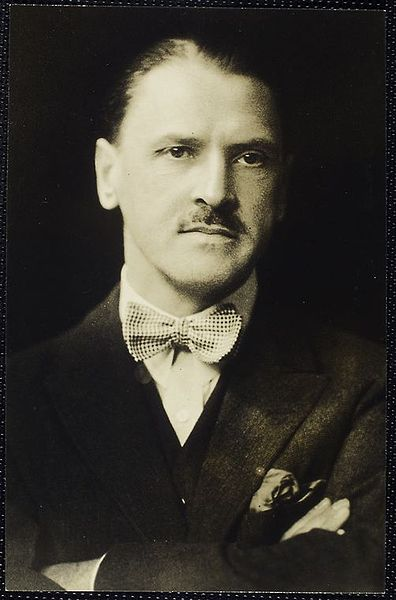 A picture of the author William Somerset Maugham