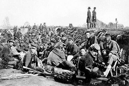 A Horseman in the Sky: Union soldiers entrenched at Fredericksburg, 1863